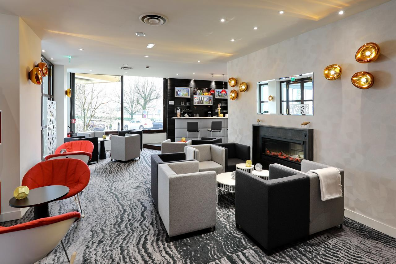 Mercure Meylan lounge